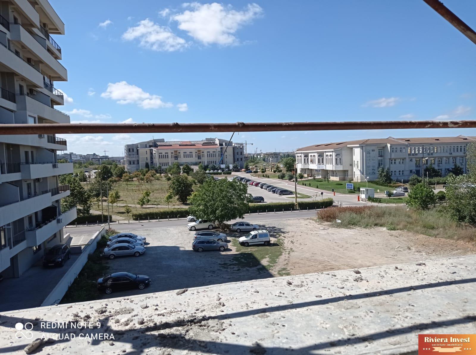 Tomis Nord  ,Campus ,bloc nou ,apartament de vanzare cu 2 camere și loc de parcare